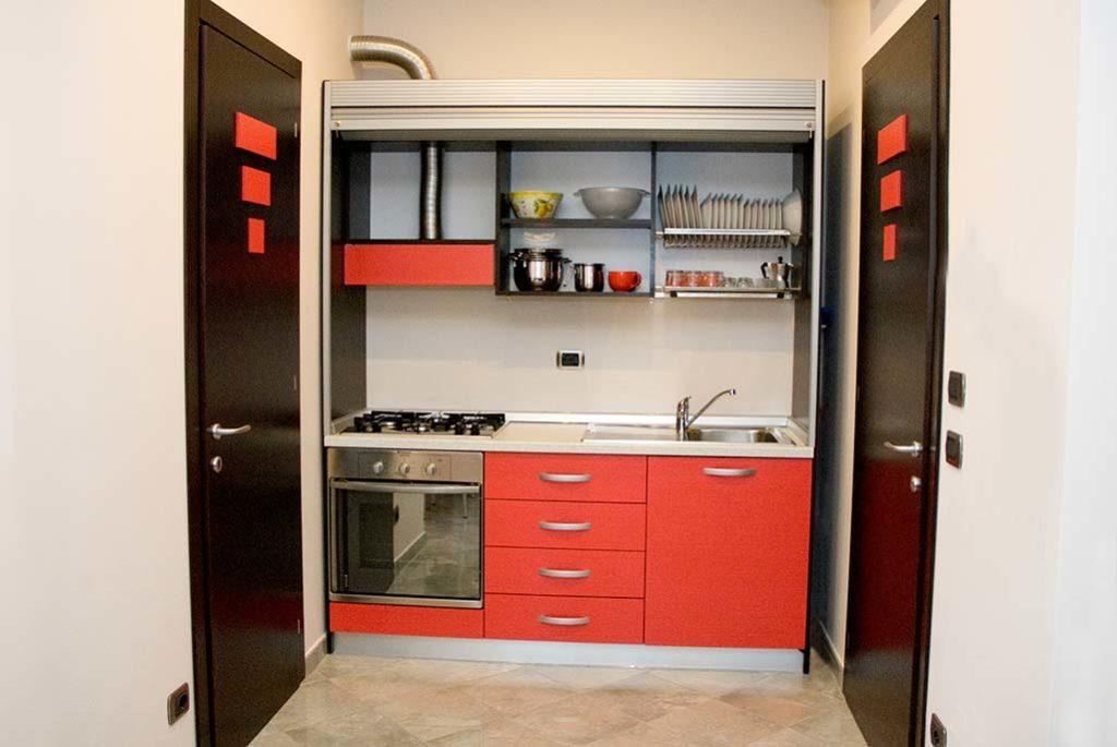 affittacamere-terracina-cucina-corallo