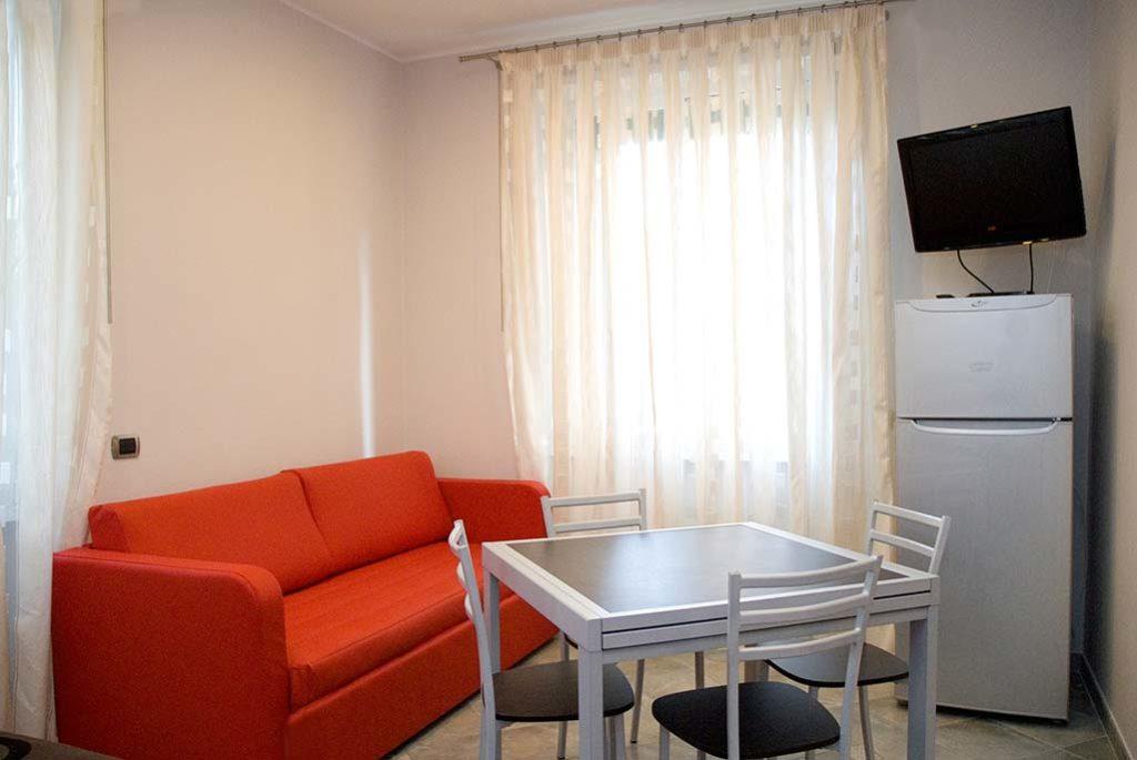 affittacamere-terracina-soggiorno-corallo